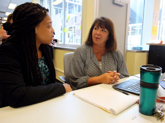 Jasmine McQuay, a consultant from IDE Corp., works