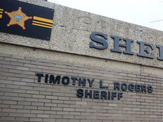 -cos 0528 stock sheriffs office 003.JPG_20140724.jpg
