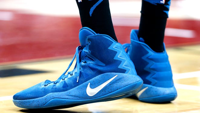 Minnesota's Karl-Anthony Towns size 20 shoes.  Oct. 15, 2016