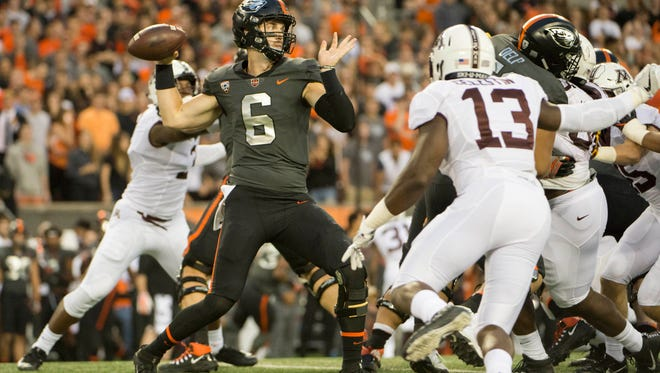 Sep 9, 2017; Corvallis, OR, USA; Oregon State Beavers quarterback Jake Luton (6) throws a pass during the first half in a game against the Minnesota Golden Gophers at Reser Stadium. Mandatory Credit: Troy Wayrynen-USA TODAY Sports
