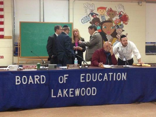 Lakewood school_huddle
