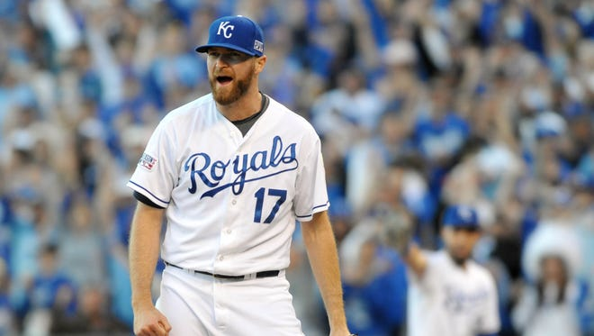Wade Davis shuts down the Orioles 1-2-3 in the eighth inning.