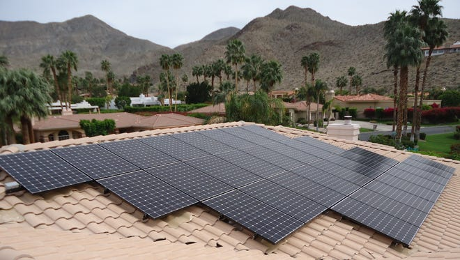 The Imperial Irrigation District announced Wednesday that it would no longer accept new applicants into its Net Energy Metering Program.