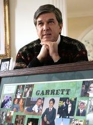 Gordon Smith, then a Republican senator from Oregon,