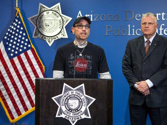 Thomas Yoxall, 43, left, manwho stopped to help Arizona