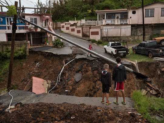 Children in the barrio La Loma neighborhood of the