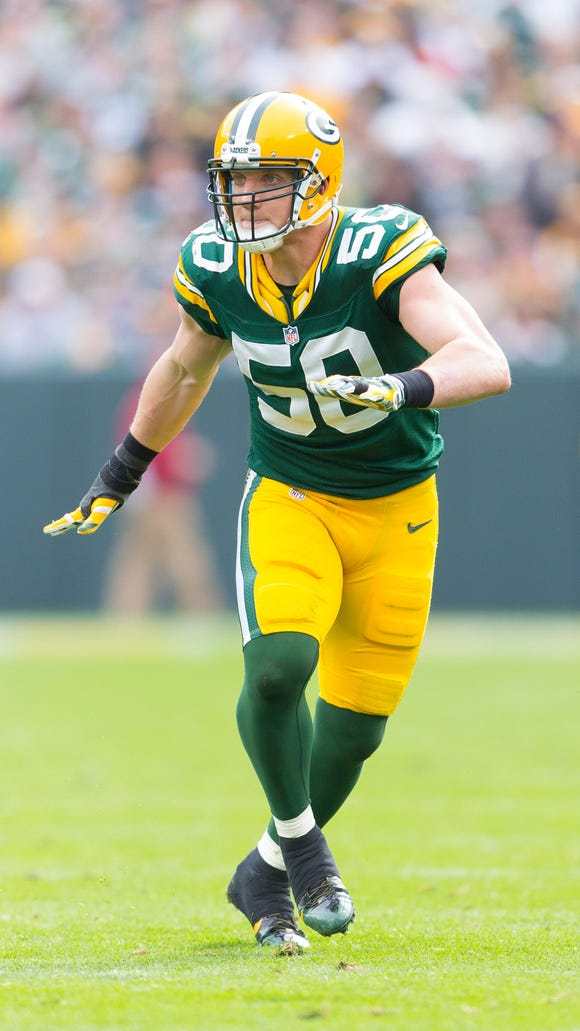 Former Green Bay Packers linebacker A.J. Hawk signed with the Bengals on Tuesday.