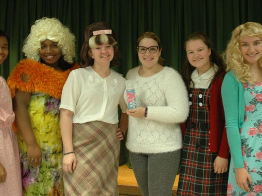 From left to right: Kassidy Beauzil as Little Inez, Bria Pendar as Motormouth Maybelle, Victoria Gaspar as Tracy, Christine Danelson, director, Barbara Fiedorowicz as Penny and Diana White as Amber.