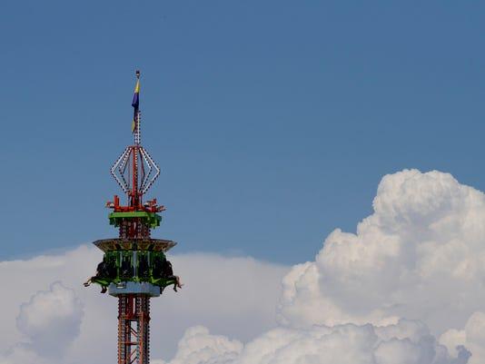 -07.28.fair1.jpg_20120728.jpg