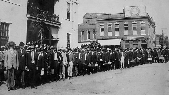 Sumner County drafteer leaving Gallatin on Sept. 21, 1917.
