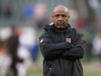 Bengals offensive coordinator Hue Jackson wants to run the ball.