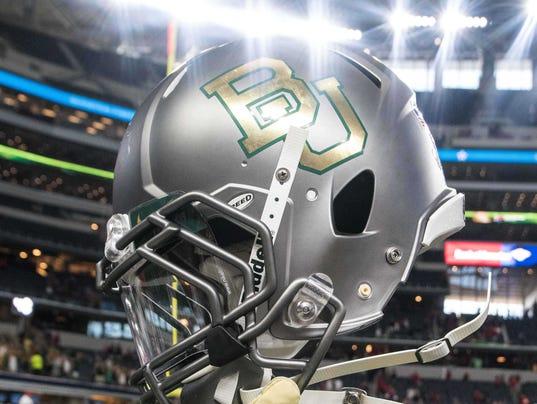 2017-8-20 baylor helmet
