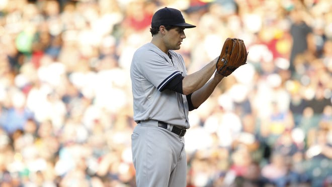 Nathan Eovaldi prepares to pitch versus Cleveland on August 13.