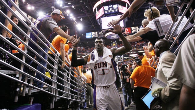 Amar'e Stoudemire had some great years with Phoenix. Does he belong in the Suns' Ring of Honor?