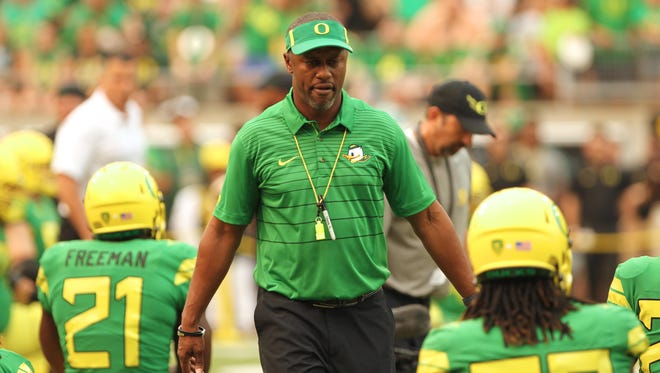 Sep 2, 2017; Eugene, OR, USA; Oregon Ducks head coach Willie Taggart walks by players during warm-up before taking on Southern Utah Thunderbirds at Autzen Stadium. Mandatory Credit: Jaime Valdez-USA TODAY Sports