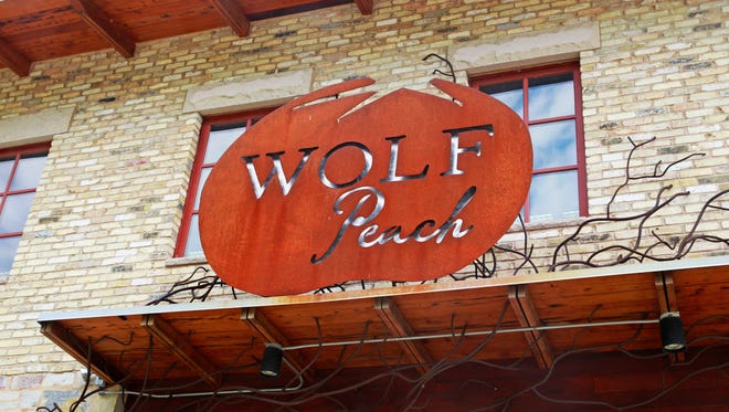 Wolf Peach, 1818 N Hubbard St., closed for good March 18.