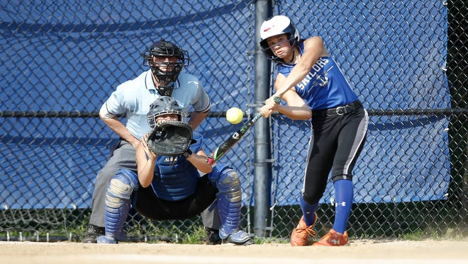 Pearl River defeats Hen Hud 5-0 in the Section 1, Class A semifinal softball game at Pearl River High School on Wednesday, May 25, 2016.