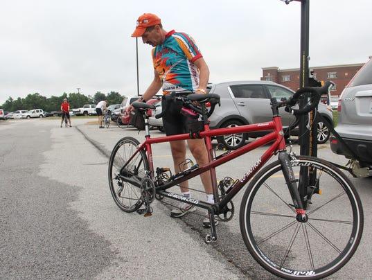 Tandem bikes 036.JPG