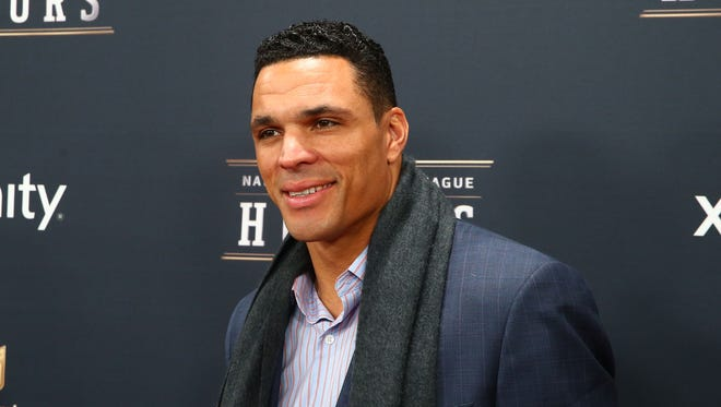 Atlanta Falcons tight end Tony Gonzalez walks the red carpet prior to the NFL Honors at Radio City Music Hall, Feb. 1, 2014.