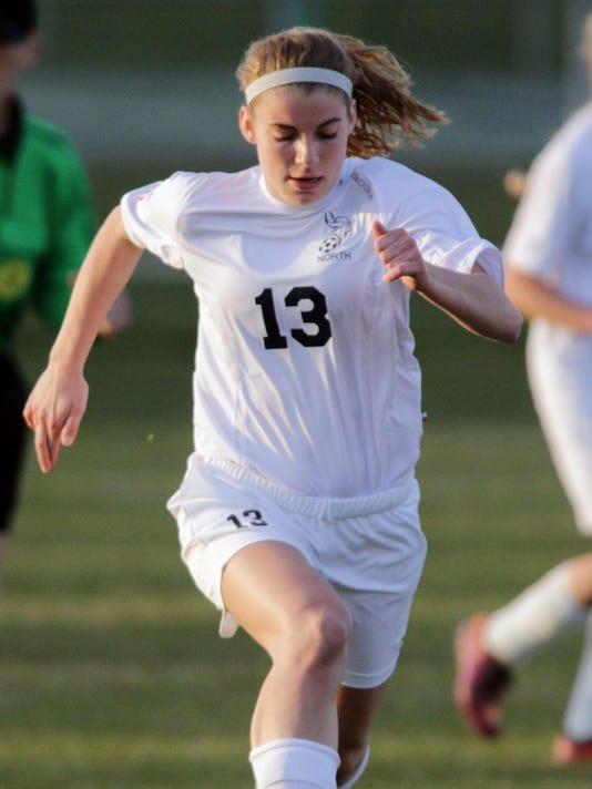 -she s North Vs South Girls Soccer0428_gck-08.JPG_20150428.jpg
