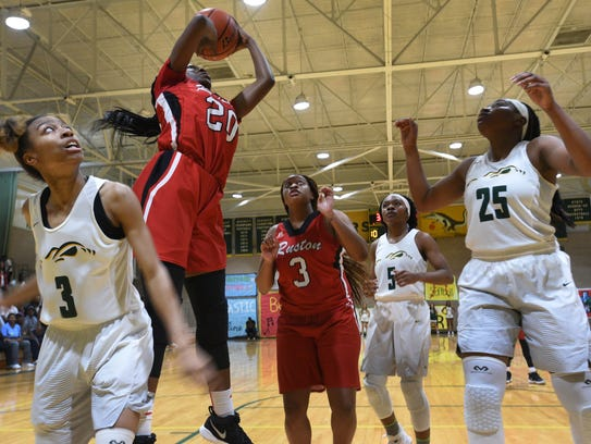 Ruston's Amani McWain, an NSU signee, scores two of