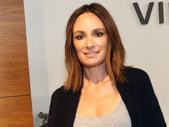Catt Sadler will co-host coverage of Sunday's Vanity