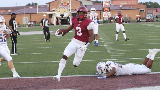 Ouachita broke open a tie game in the second half and beat Sulphur 34-21 last Friday at the Lion's Den.