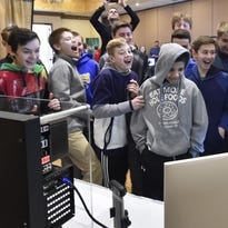 Welding simulator, pig's lung among highlights at Career Day for Door County students