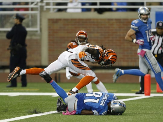 Detroit Lions wide receiver Calvin Johnson (81) crosses