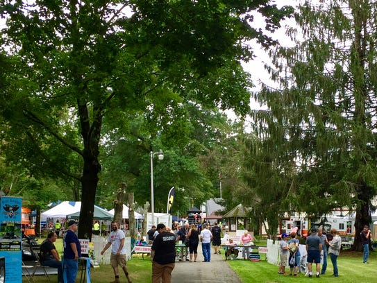 Crowds begin to fill Vets Summer Fest in Budd Lake