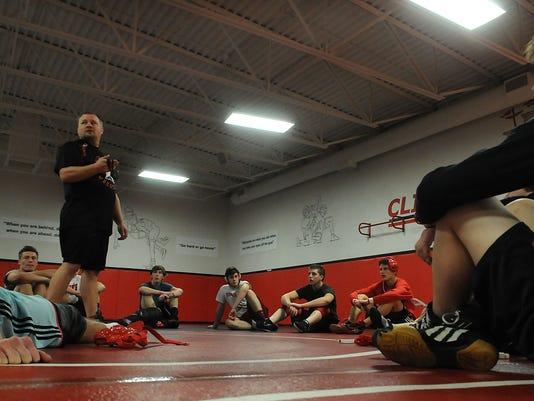 -DCA 1206 sturgeon bay wrestling.jpg_20141204.jpg