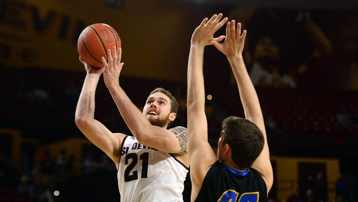 Nov 29, 2015: Arizona State Sun Devils forward Eric Jacobsen (21) shoots over UC Santa Barbara Gauchos forward Sam Beeler (44) during the second half at Wells-Fargo Arena. The Sun Devils won 70-68.