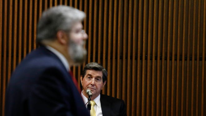 Former Alabama Gov. Bob Riley listens asprosecutor Matt Hart talks about an email during Alabama Speaker Mike Hubbard's ethica trial  Monday, June 6, 2016, in Opelika, Ala. (Todd J. Van Emst/Opelika-Auburn News via AP, Pool)