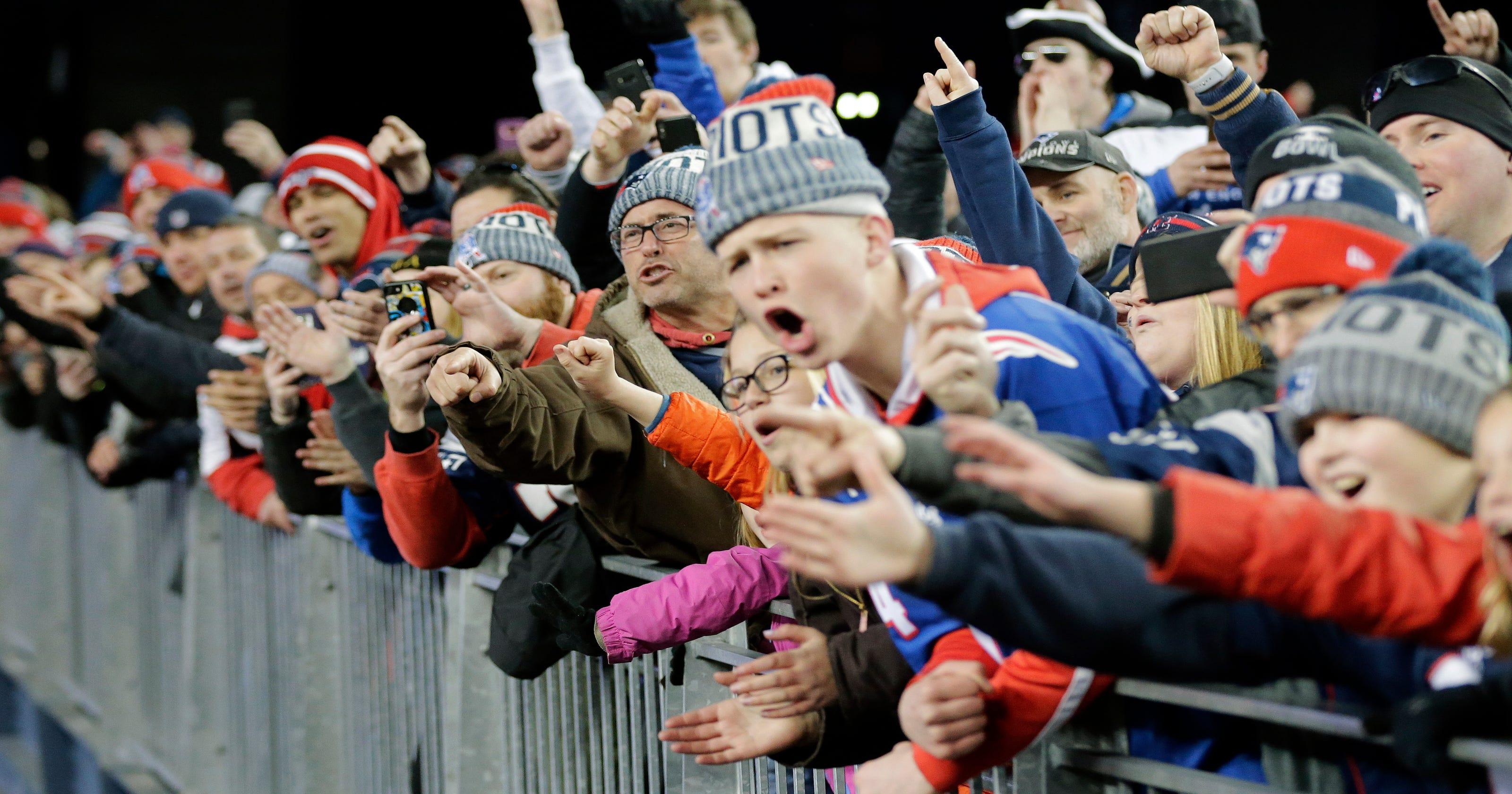 2b05105253f Fans Behaving Badly  Pats