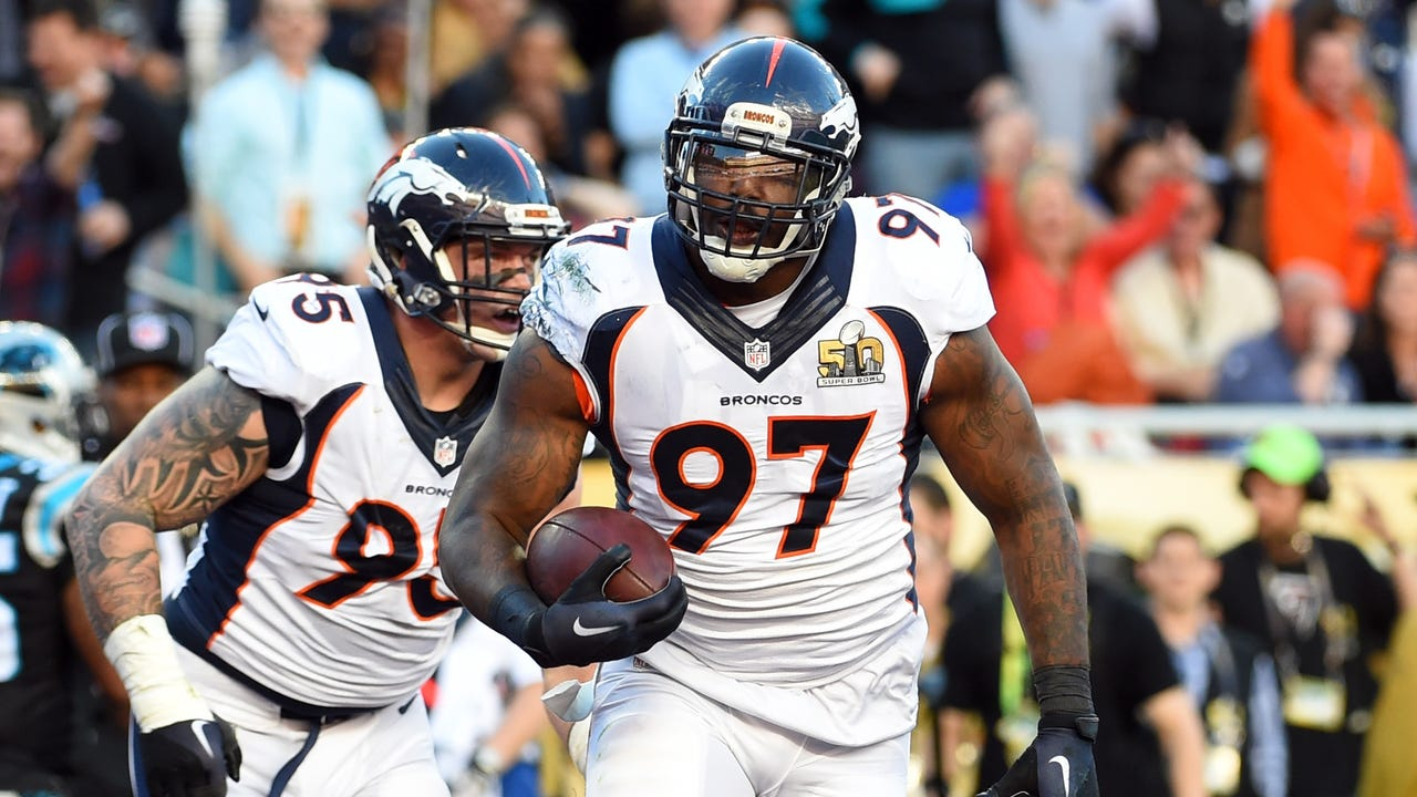 Denver Broncos' Von Miller (58) celebrates after a play during the second half of the NFL Super Bowl 50 football game against the Carolina Panthers, Sunday, Feb. 7, 2016, in Santa Clara, Calif. (AP Photo/Ben Margot)