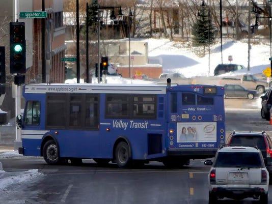 -APC Valley Transit122 121813wag .jpg_20131218 (2).jpg