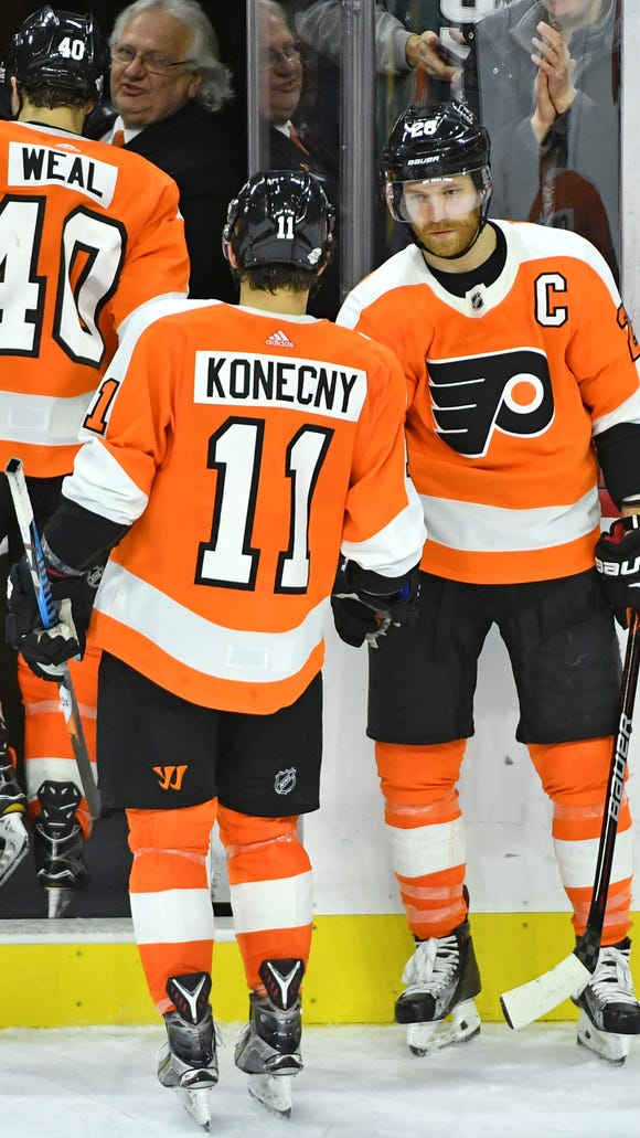 Claude Giroux had a three-point game against Montreal, his fifth of the season.