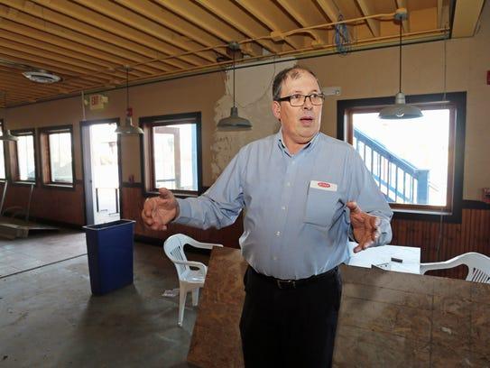 Steve Schmitt talks Tuesday March 29, 2016 about renovations