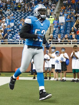 Detroit Lions linebacker Justin Durant is introduced before a game against the Buffalo Bills on Aug. 30, 2012.