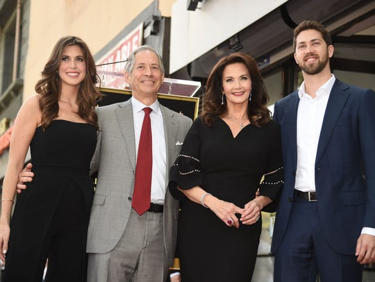 Lynda Carter talks marriages t...