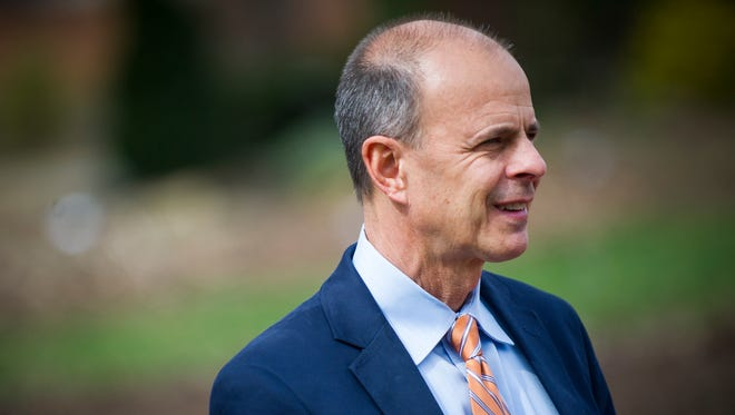 Tim Cross is now the new chancellor for the University of Tennessee Institute of Agriculture. Cross previously served as interim chancellor since September.