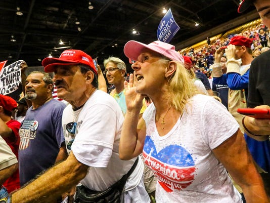 """Supporters yell """"fake news"""" at Trump rally"""