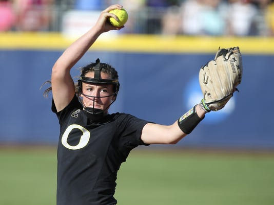 WCWS Washington Oregon Softball