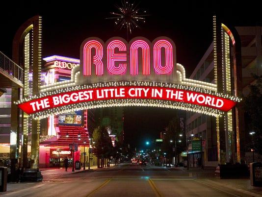 636187052780120791-Reno-Arch-night-2.jpg