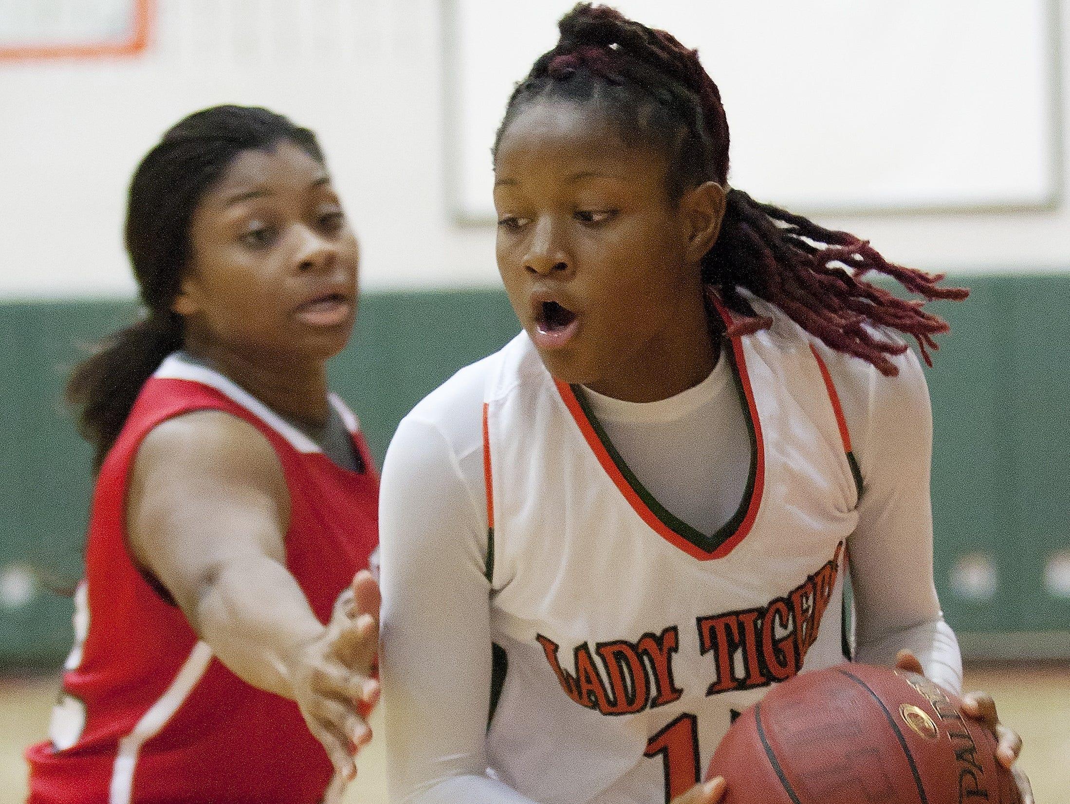 "Dunbar High School's Dekeriya Patterson is part of a new ""Big Three"" at Dunbar this season."