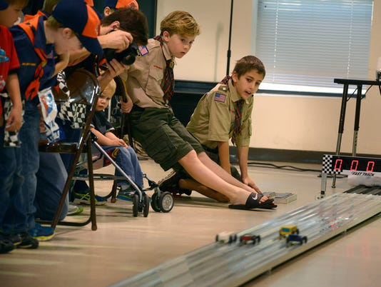 Pinewood Derby 5