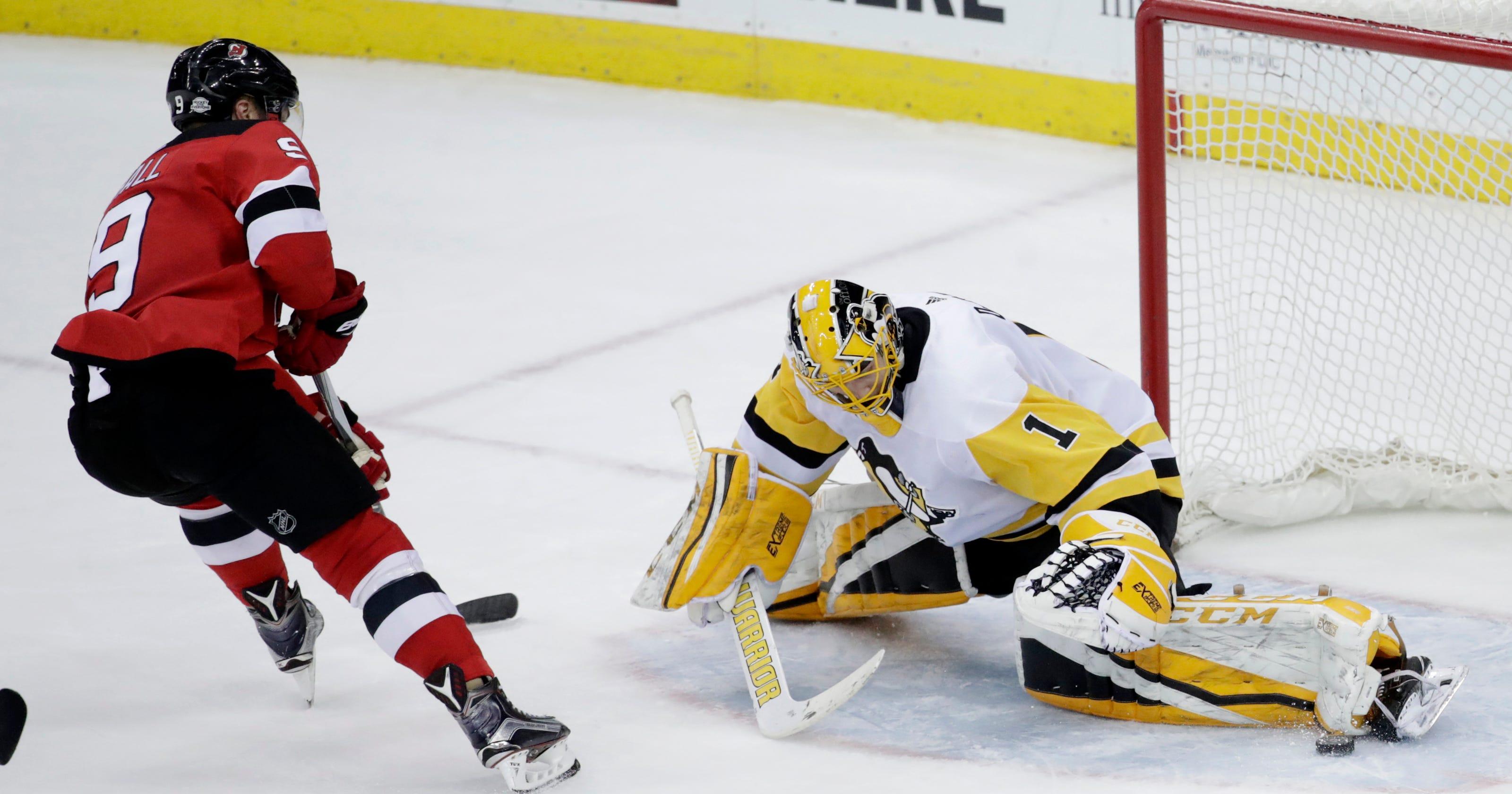 meet d5c48 b9021 Zajac has 2 goals and assist as Devils beat Penguins 3-1