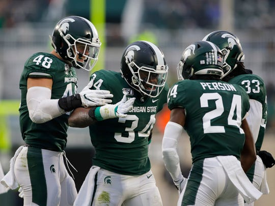 Michigan State Football Heads To Pinstripe Bowl In Nyc Vs