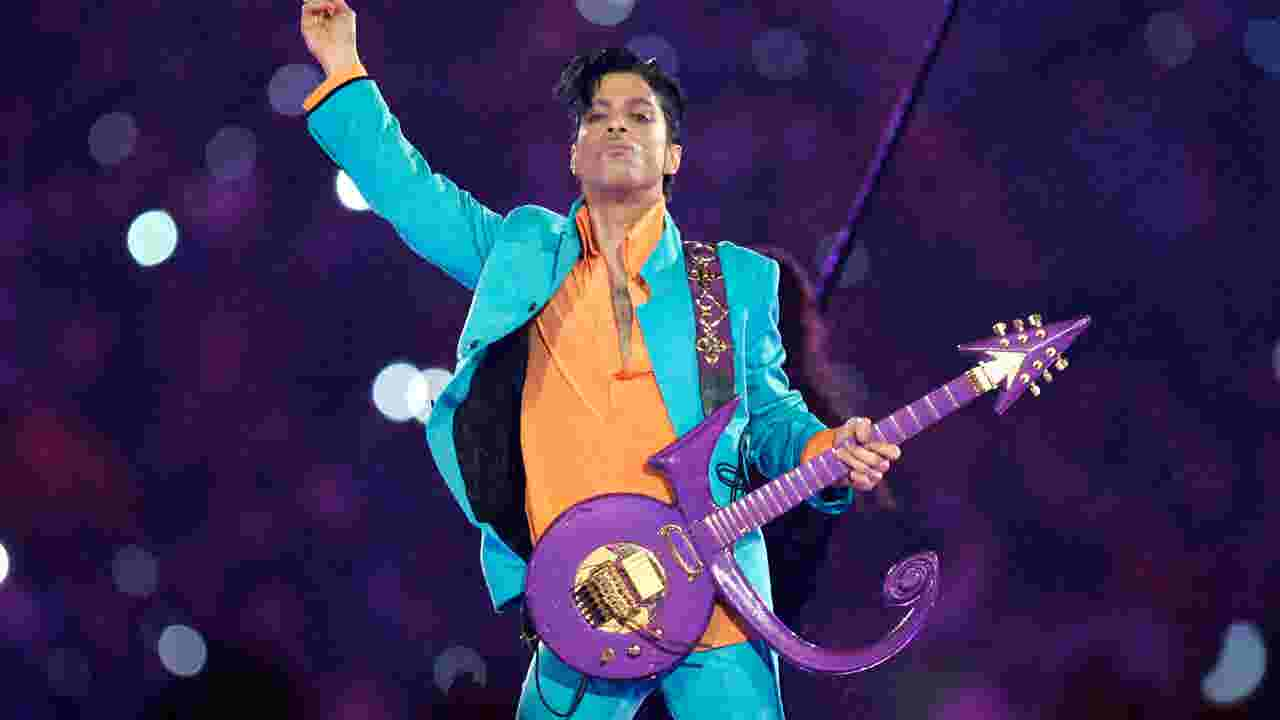 who was prince dating at the time of his death