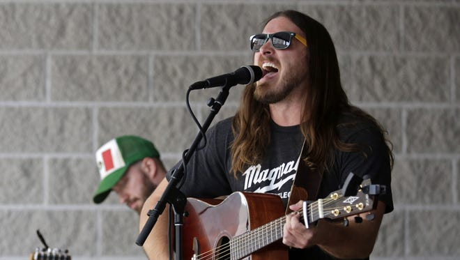Pony Bradshaw performs at D2 Sports Pub during Mile of Music in 2016. The band will be back in Appleton for a Sunday show in Houdini Plaza.